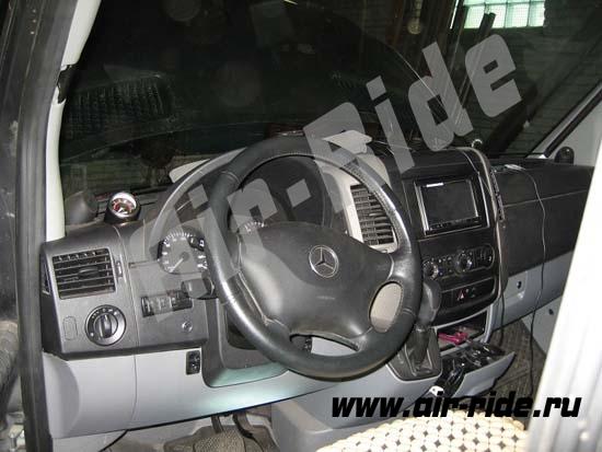 Установка пневмоподвески на Mercedes Benz Sprinter 316 AWD 2011г.